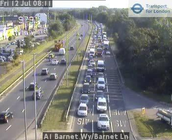 Heavy traffic on the A1 (Barnet Way)