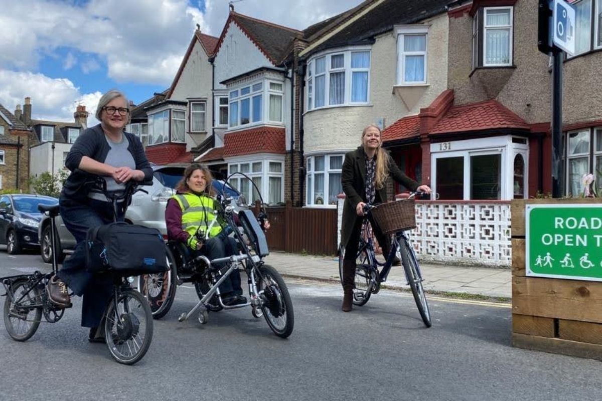 Sian Berry visited a low traffic neighbourhood alongside Assembly candidate Caroline Russell and activist Isabelle Clement. Credit: London Green Party