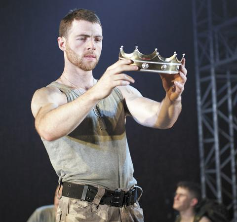 Highgate's Dominic Thorburn stars in Henry V (Photo credit Manuel Harlan)