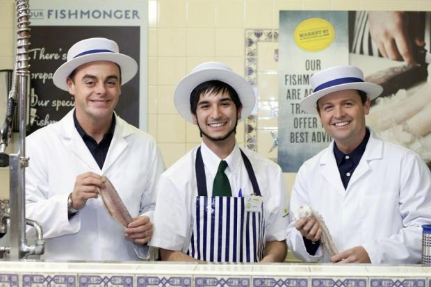 Ant and Dec with fishmonger manager Alex Choo