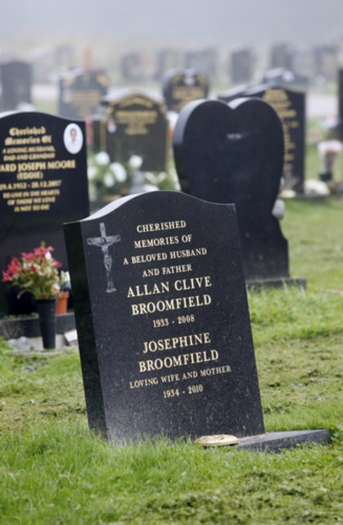 Graves at Lavender Hill cemetery have mysteriously sunk
