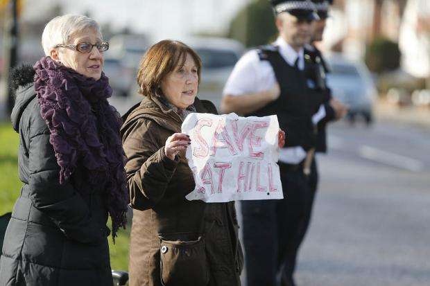Enfield Independent: Cat Hill protest