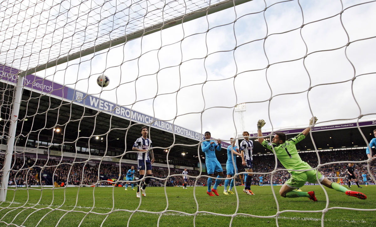 Christian Eriksen scores Spurs' equaliser. Picture: Action Images