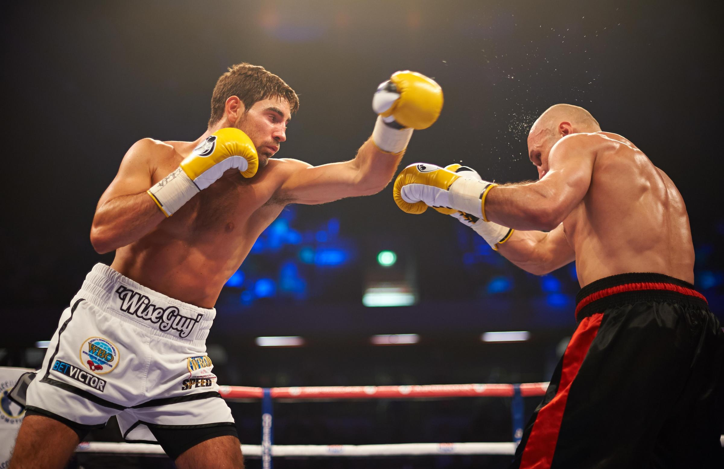 Frank Buglioni and Sergey Khomitsky go toe-to-toe. Picture: Will Cornelious