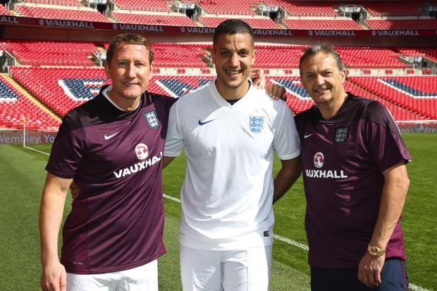 Hasan Ali (centre) with Ray Parlour (left) and Gary Mabbutt
