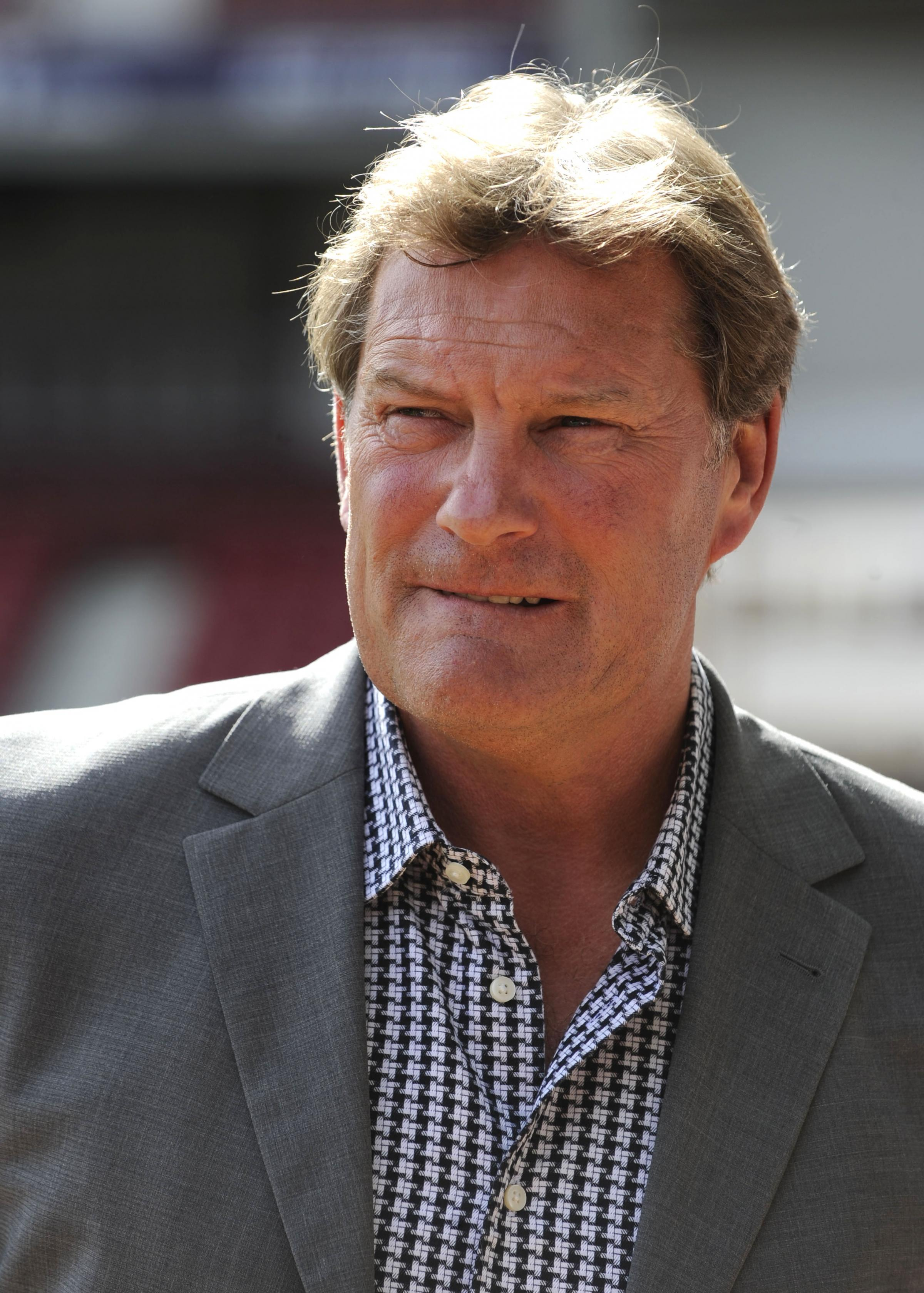 Glenn Hoddle has given Southampton boss Mauricio Pochettino his back. Picture: Action Images