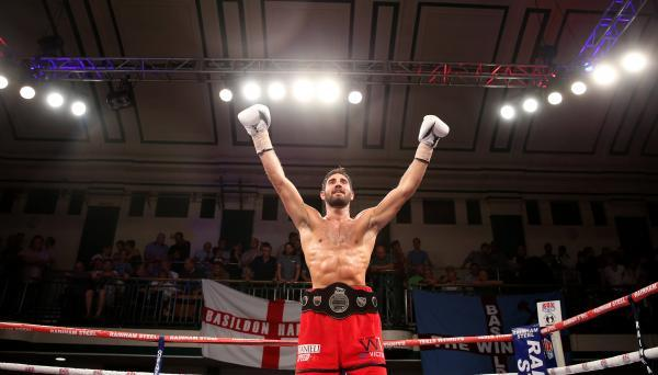 Frank Buglioni revels in the 13th win of his professional career. Picture: Action Images
