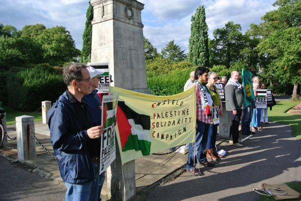 Enfield's Palestine Solidarity Campaign at the war memorial